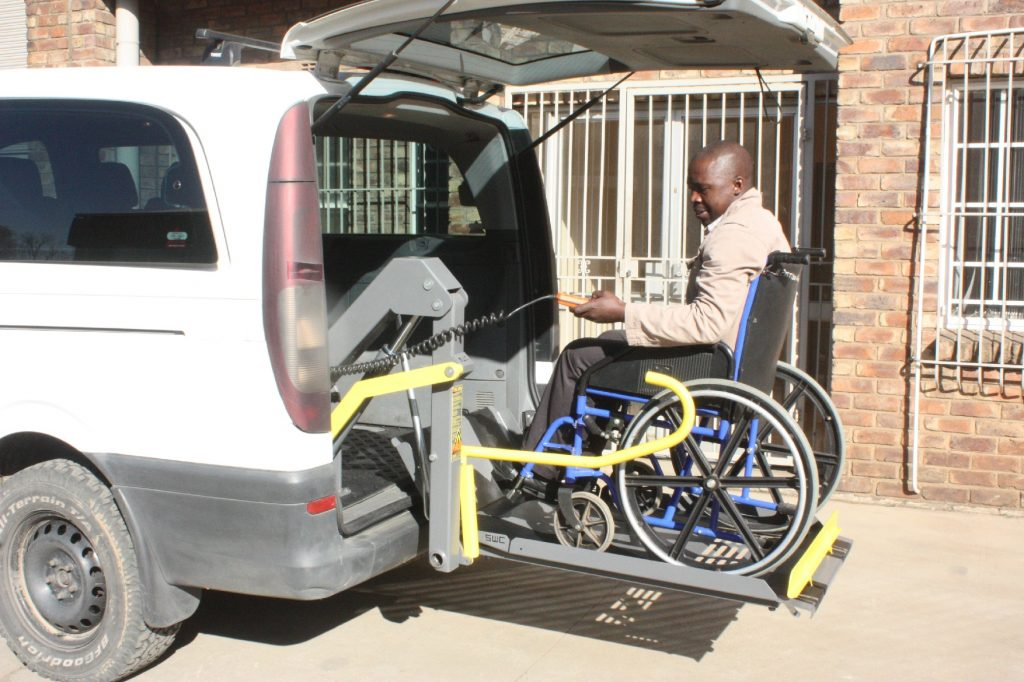 Single Arm Wheelchair Lifts