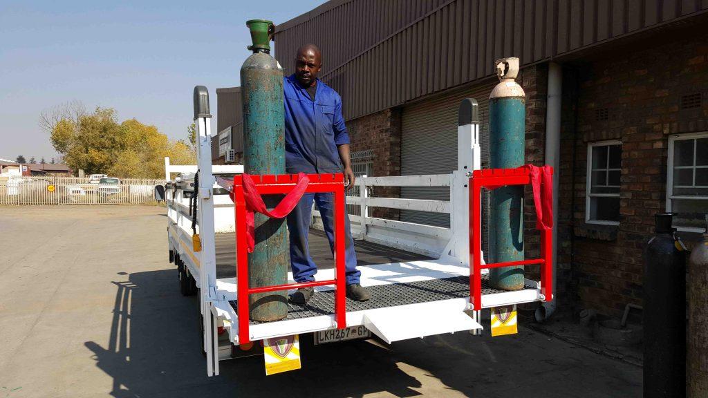 RMPG Gass bottle lifts